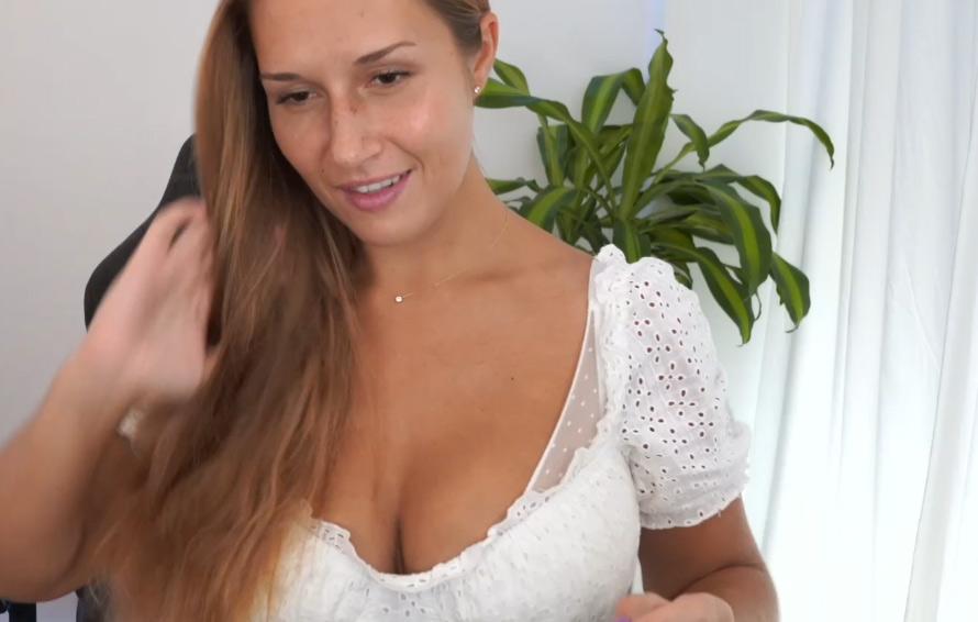 milf-strip-sex-game